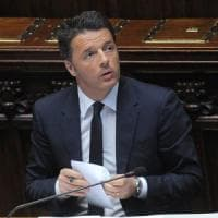 """Migranti, Renzi: """"Meschino chi urla all'invasione per i voti"""". Salvini: """"Io meschino, non..."""