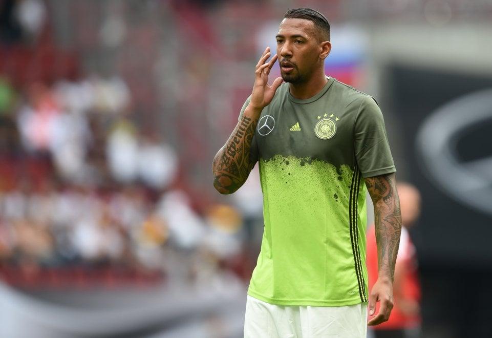 """Germania, i tifosi con Boateng: """"Ti vogliamo come vicino"""""""