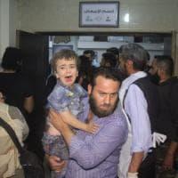 """""""Raid russi sui civili"""", la denuncia dell'osservatorio siriano"""
