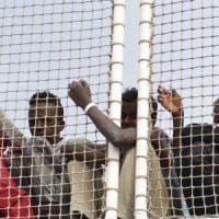 """Antonio Suetta: """"I profughi nelle nostre chiese, lì nessuno potrà deportarli"""""""