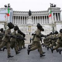 Festa della Repubblica, per la prima volta sfila l'esercito dei sindaci