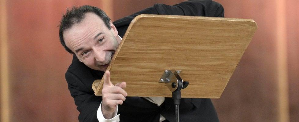 """Benigni: """"La nostra Costituzione è la più bella del mondo, ma si può cambiare per avere le riforme"""""""
