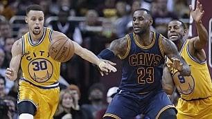 Basket, Finals Nba: Curry contro LeBron, l'anello e il dominio. La sfida può iniziare