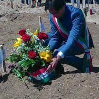Migranti, cerimonia di sepoltura a Reggio Calabria per 45 vittime naufragio
