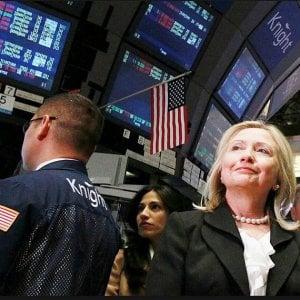 Quei soldi scomodi dai poteri forti che ora frenano Hillary
