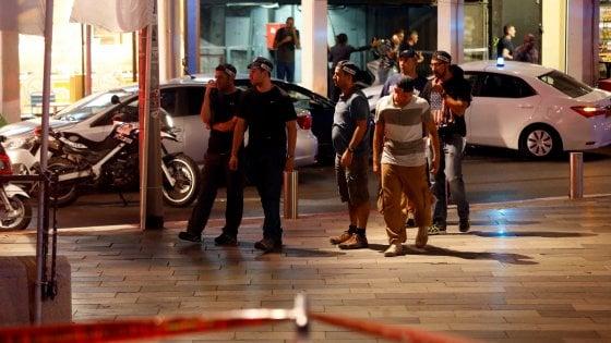 Tel Aviv, spari in centro vicino al quartier generale dell'Esercito: quattro morti e diversi feriti