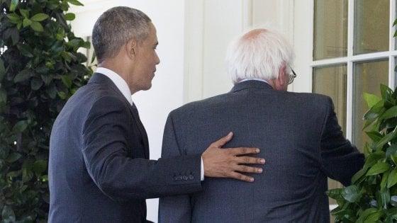 """Primarie Usa, Obama: """"Nessuno meglio di HIllary"""". Sanders: """"Resto in corsa, con Clinton contro Trump""""."""