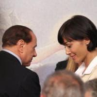 Forza Italia si prepara al dopo Berlusconi: sfida Parisi-Carfagna per il vertice