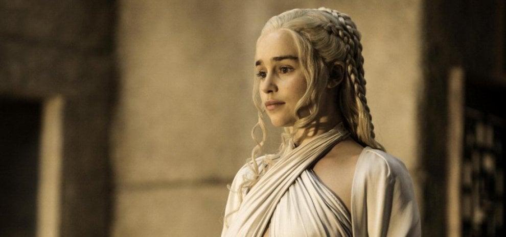 Emilia Clarke 1eeafbe4f1bb
