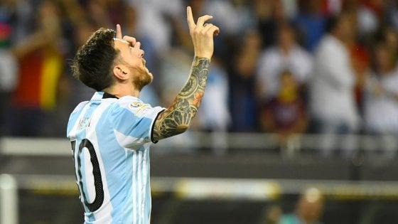 Coppa America, show di Messi. L'Argentina travolge Panama e vola ai quarti