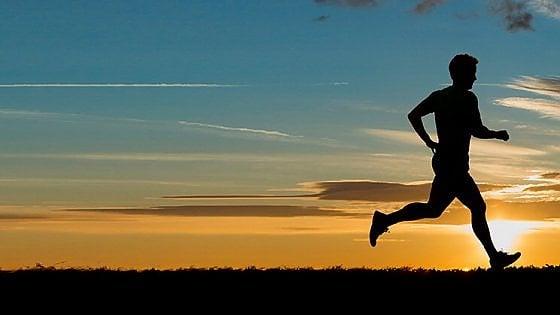 Meno dolore, nausea e affaticamento: i benefici dello sport durante la chemio
