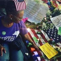 Orlando, candele e fiori per le vittime della strage: fotoreportage