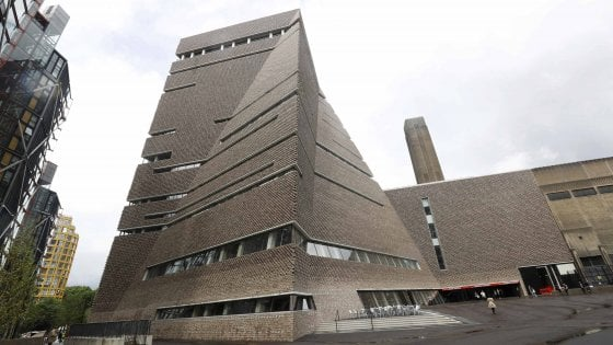 Londra. Una piramide e la Tate Modern raddoppia