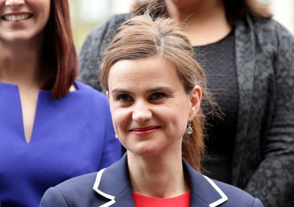 Gran Bretagna, la deputata laburista Jo Cox