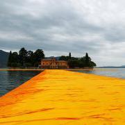 Lago d'Iseo, camminare sull'acqua con Christo