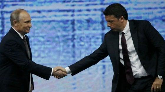 """Renzi con Putin: """"Guerra fredda fuori dalla realtà. Ue ridiscuta le sanzioni contro Mosca"""""""