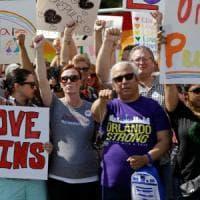 Strage Orlando, anti-gay provano a contestare il funerale di una delle vittime