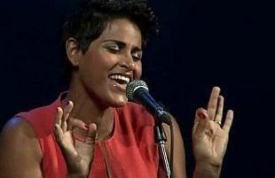 Karima canta Whitney Houston