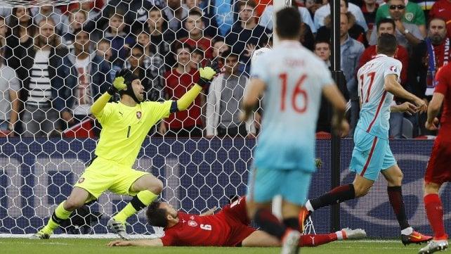 Repubblica Ceca-Turchia 0-2, Terim spera nell'Italia per andare agli ottavi