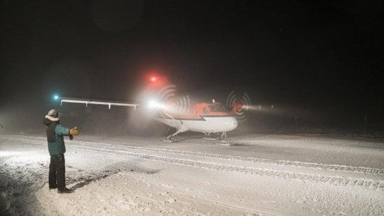 Antartide, salvati i due scienziati malati della base Usa: l'aereo è atterrato in Cile