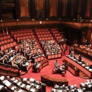 Senato, governo battuto: centristi e verdiniani con Fi
