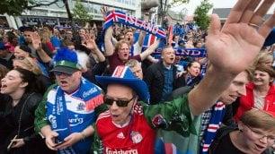 HISENSE CON I PIU' GRANDI FREESTYLER DI CALCIO PER UEFA EURO 2016