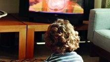 Bambini sedentari troppa tv e pochi giochi: un progetto per aiutarli