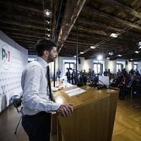 """Pd, la minoranza a Renzi: """"Stop a voti di fiducia e a doppio incarico"""""""