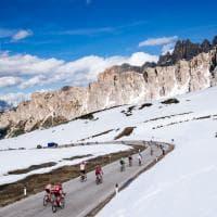 Maratona Dolomiti, 30 anni di sogni e l'omaggio del Giro d'Italia