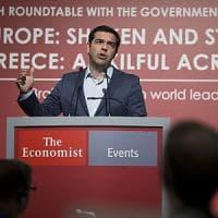 """Brexit travolge i titoli di Stato greci, """"salvi"""" i Btp italiani"""