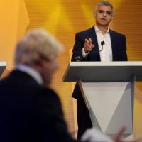 """Brexit, a Londra continua il duello tra sindaci. Khan agli europei: """"Qui siete i..."""