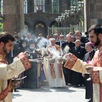 Il Papa al memoriale del genocidio armeno: