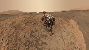 Marte, Curiosity verso l'acqua. Ma l'osserverà solo da lontano   Foto