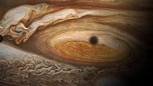 Il video epico della missione Juno il 4 luglio l'avvicinamento a Giove