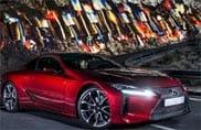 Lexus LC 500h, le sue performance in un video dagli effetti speciali