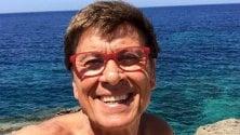 Morandi, domenica al mare con occhiali... e senza costume