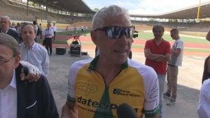 """Moser torna in sella a 65 anni """"Le gambe vanno, è il fiato...""""  di FRANCESCO GILIOLI e ANTONIO NASSO"""