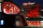 Anniversario Alfa Romeo, e il platano si illumina di rosso