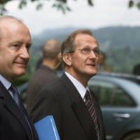 """Hubert Védrine: """"Due anni di pausa, poi rifondiamo l'Unione"""""""
