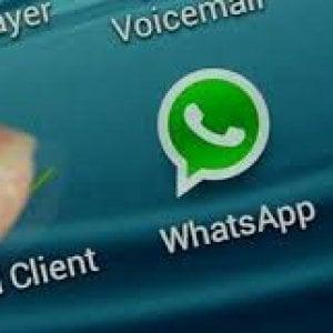 """Agcom: """"Whatsapp e le app di chat dovrebbero pagare per l'uso della rete telefonica"""""""