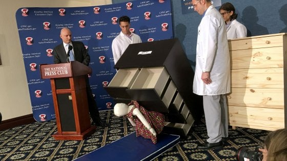 Mobili Ikea Bambini : Habla con gian la cassettiera ikea che ha ucciso tre bambini