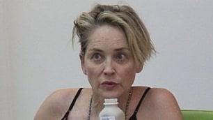 Sharon Stone senza trucco Una diva che non si nasconde