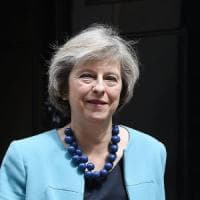 Brexit: Theresa May lancia la sfida per la leadership Tory