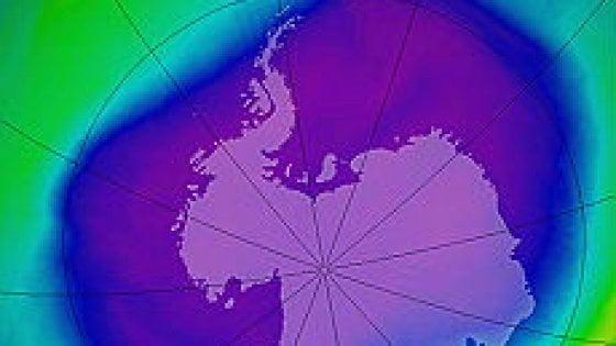 Dopo decenni, il buco dell'ozono sull'Antartide comincia a restringersi