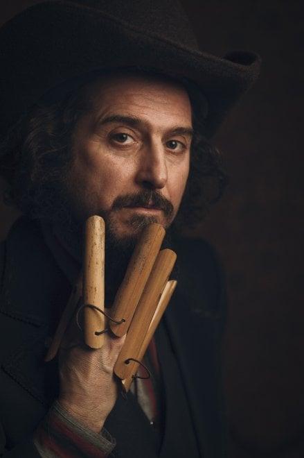 Vinicio Capossela, le 'Canzoni della Cupa' dal vivo sono polvere, ombra, grano