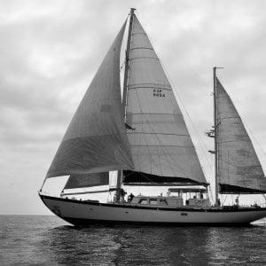 Da yacht di lusso a nave di soccorso. Il dono del privato per salvare migranti nel Mediterraneo