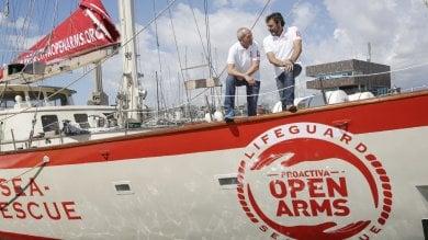Da yacht di lusso a nave di soccorso Il dono del privato per salvare i migranti