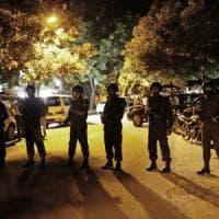 Dacca, blitz delle forze armate nel bar attaccato dall'Is