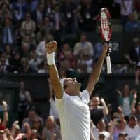 Wimbledon, la rimonta di Federer: Cilic cede al quinto