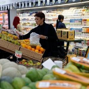 Gli italiani tornano al ristorante. L'Istat: lievi segnali di ripresa nella spesa delle famiglie